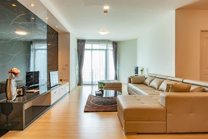 CleanLuxury Penthouse 2BD Riverfront ICONSIAM