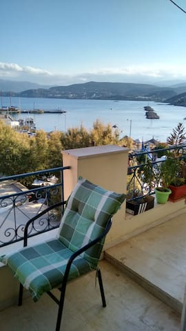 Bright apartment with seaview - Ag. Nikolaos - Lägenhet