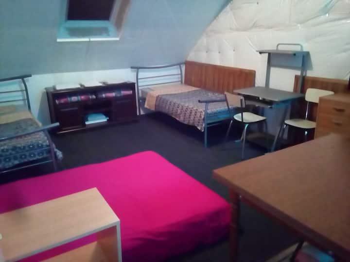 Appartement meublé 2ième étage