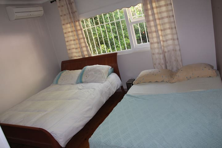 Large room Queen size&sofabed$20 cab from Airport - Eastlakes - Haus