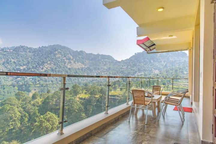 Mountain view -  Lovely - Private balcony.