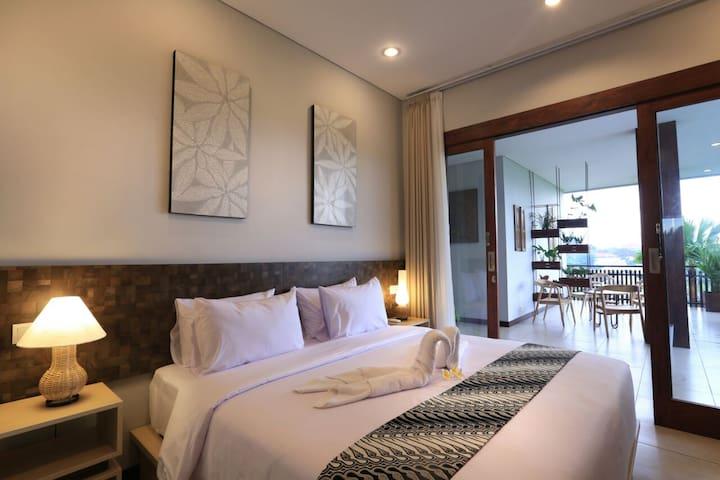 Superior Room near Canggu Beach 2