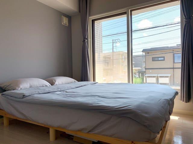 次卧大床房