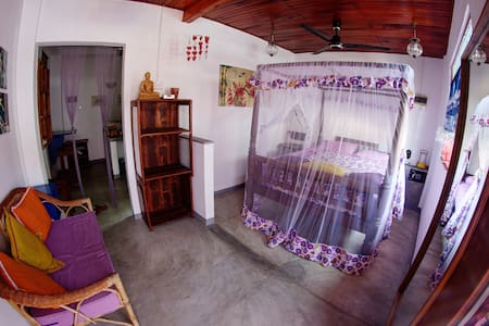 LOVING NEST private cozy & clean flat Galle Fort - Galle - Appartement
