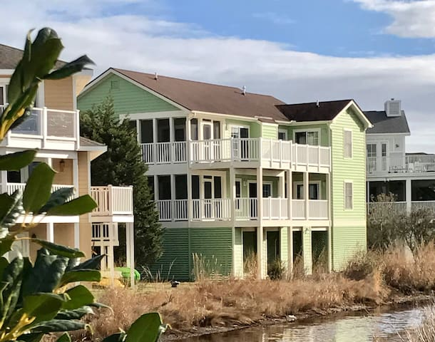 Bay Views in Exclusive Cape Shores in Lewes, DE