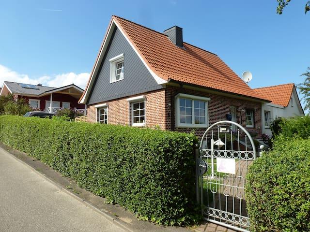 Ferienwohnung im Luftkurort Lütjenburg - Lütjenburg - Appartement