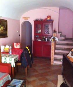 Casa in centro paese a Pontestura (AL) - Hus