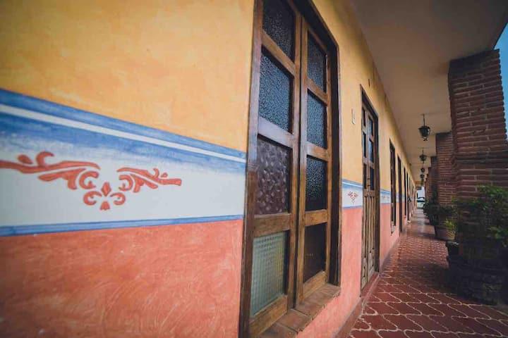 Hotel Camino Viejo