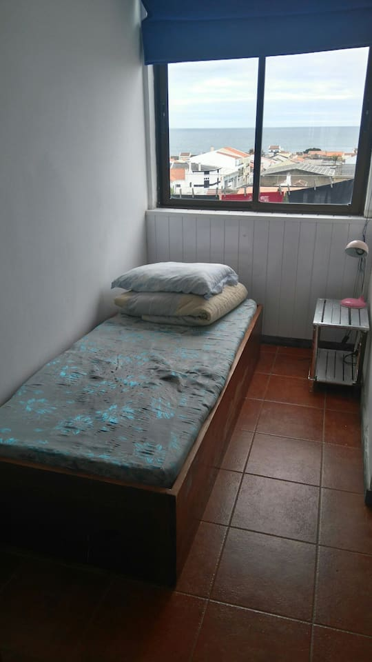 Quarto para 1 / Bedroom for 1