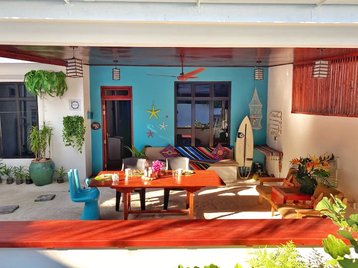 Entire house Ocean Breeze: your budget beach home