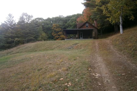 Rural, Mountain-side House.  Expansive Views - Woodstock