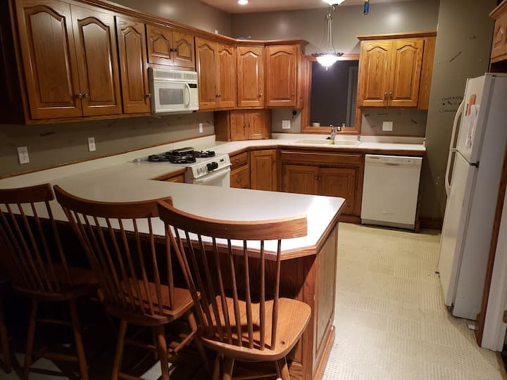 Cowgirl Quarters- Winesburg Oh