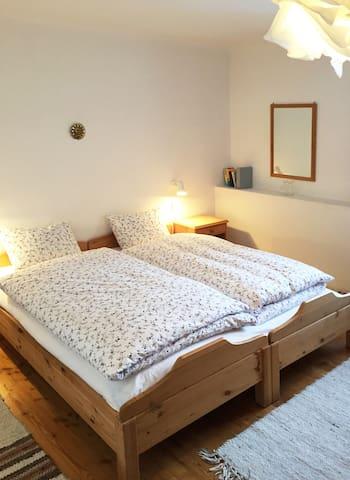 Typical Engadin Apartment - Guarda - Lägenhet