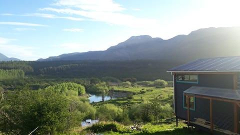 Refugio del río, a orillas del Río Cochrane