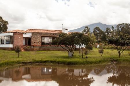 Casa de Campo Yojata a 10 min Villa De Leyva