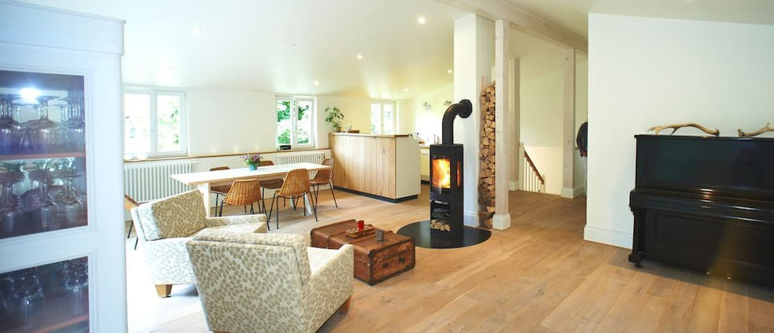 Altes Forsthaus Wieck -Loft mit Holzofen Sauna- - Wieck a.d. Darß - Apartment