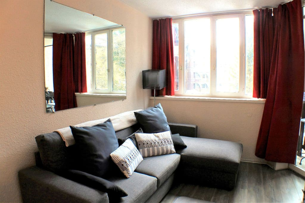 Living space with sofabed