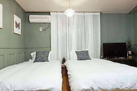 #NR #SeoulSTN 3mins #wholehouse #2beds #中文可以
