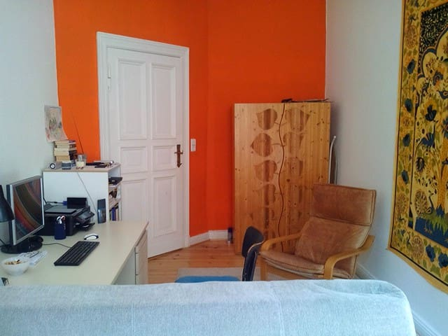 Beautiful flat to let in Berlin-Zehlendorf - Berlijn