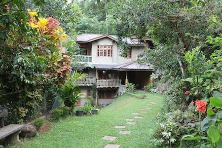 Kadugannawa Homestay, Kandy. TwinRooms - Kandy - Domek parterowy