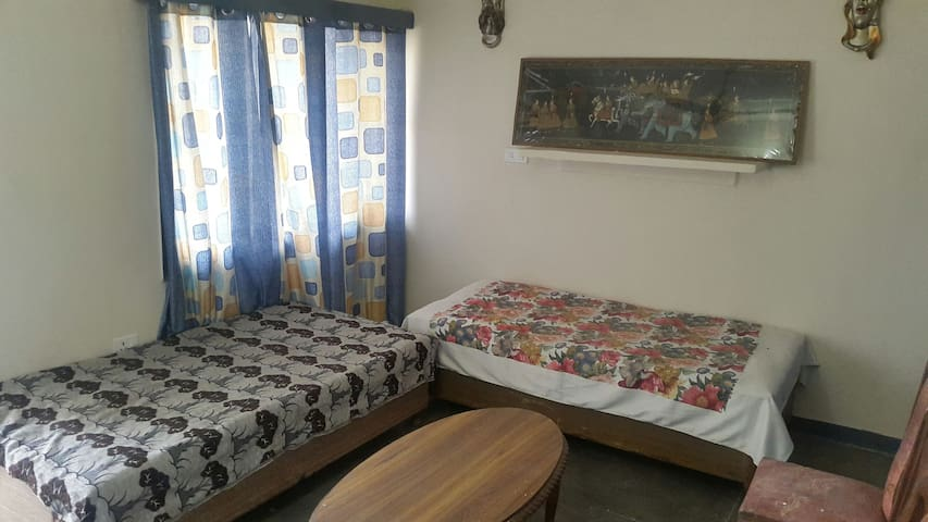 Private 2 Room Set - Calm & Comfy! - Chandigarh - Haus