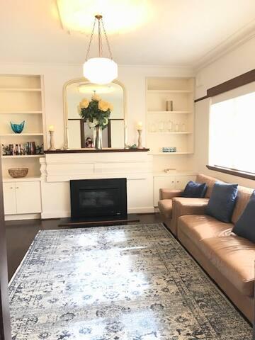 Stylish Art Deco Apartment