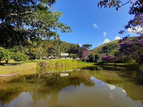 Paraíso na natureza - fazenda entre Rio e SP