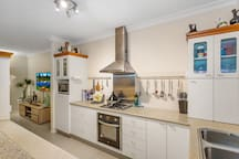 Fully equipped kitchen, with dishwasher and all your pots, pans and crockery included