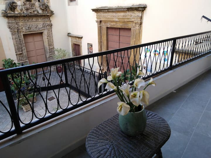 Lovely apartment in the heart of Palermo