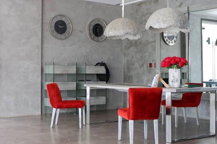 La Bella Tagaytay @ 2 Bedroom with Surprise Set-up