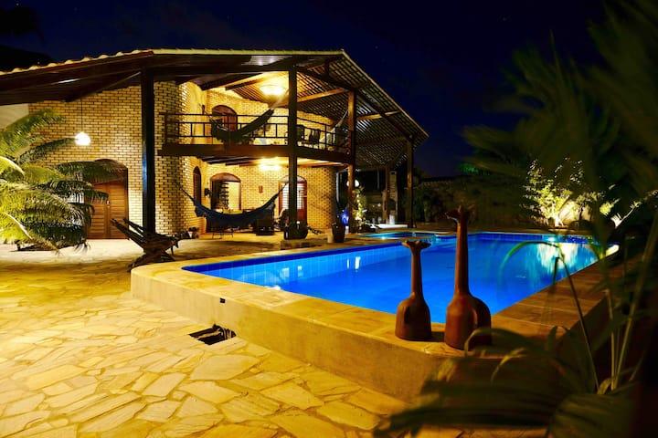 Central Exotic Villa new pool, garden & seaview