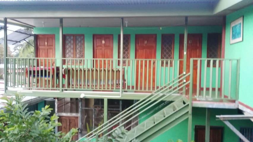 Cuartos para alquilar,espacio peq. - Puerto Viejo de Talamanca, Limón, CR - Lain-lain