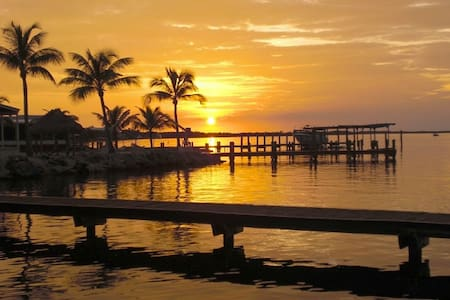 Beach House in Paradise - Florida Keys! - Appartement