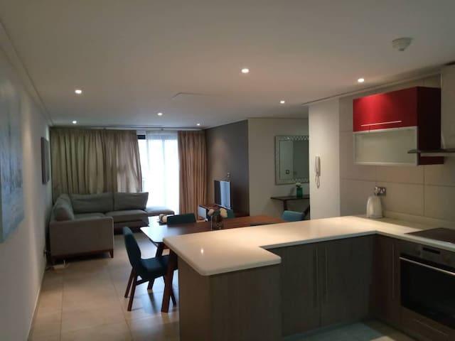 Luxurious 3 bedroom apartment at Ridge, Accra