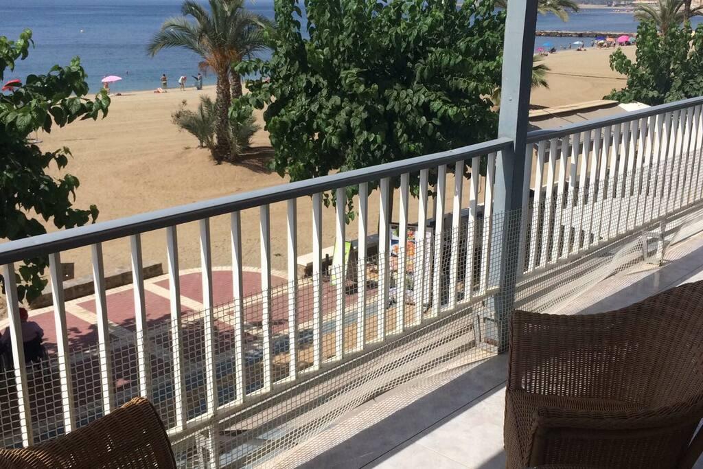 Primera línea de playa real
