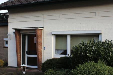 Monteurwohnung-Appartement Hochfeld - Rendsburg - Byt