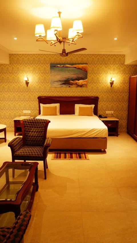The Emerald Club Rajkot By WB Resorts