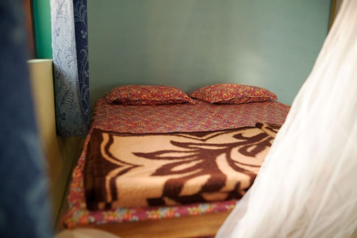Cosy Double Ensuite in Lush Wayanad