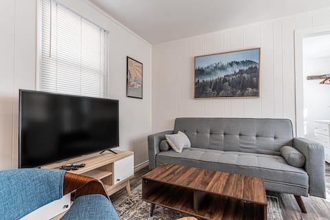 Southampton Beach House Suites - Parking + WiFi