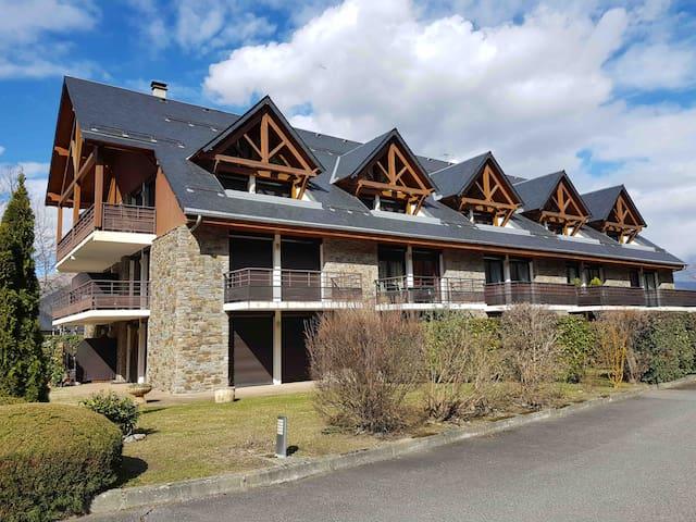Appartement pour ski/randonnées/Cure Thermale...