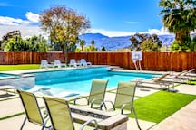 Enjoy gorgeous mountain view in the pool deck and sitting around fire place at night