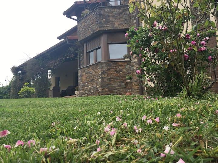 Acogedora casa en el Centro de Asturias