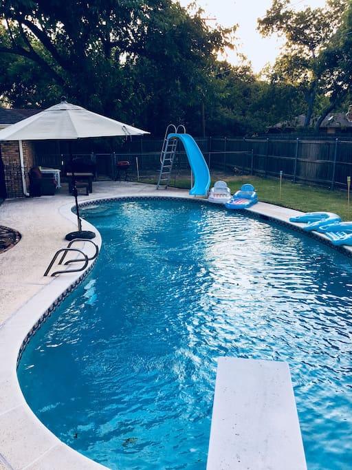 9 ft diving pool