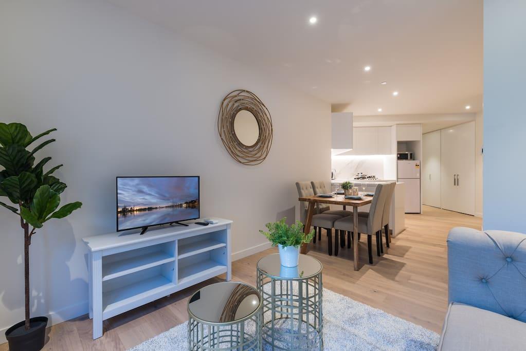Albert park lakeside 2 bedroom modern apartment - 2 bedroom apartments melbourne for rent ...