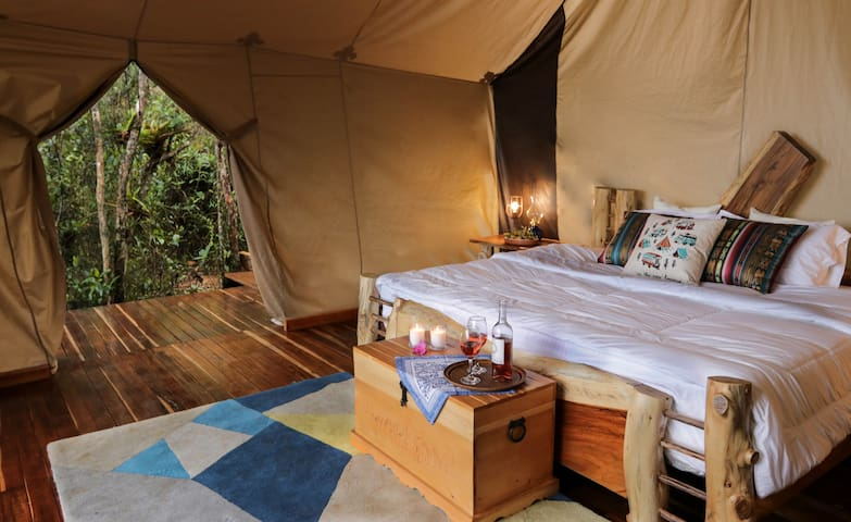 GLAMPING with amazing view in Santa Elena