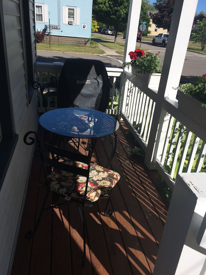The Maxwell House of Grand Haven-Upper 1 Bedroom