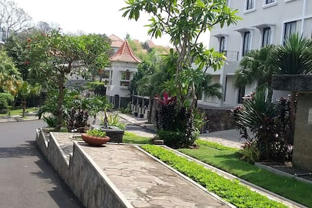 Green Hills Homstay Syariah Malang