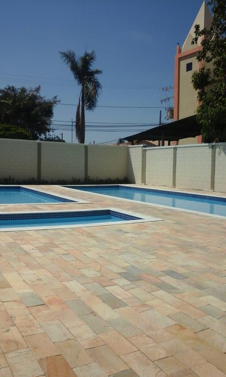 Apartamento de 2 qtos em Cuiabá!