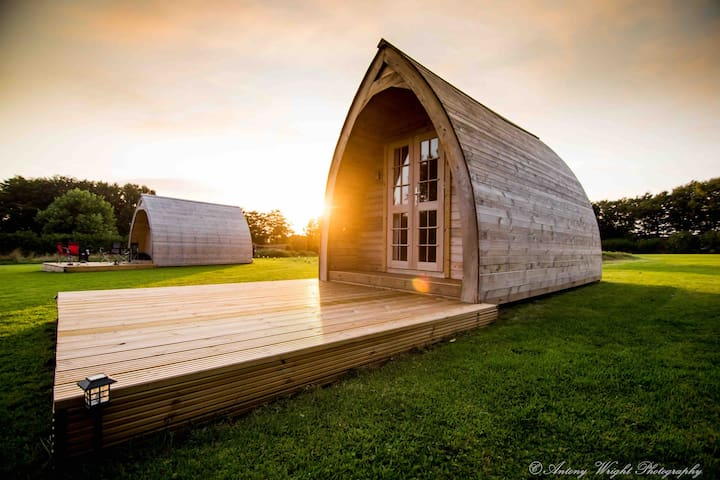 Tranquil cabin, private bathroom - Pickwick Pod