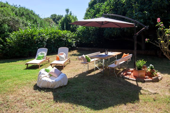 RELAX APARTMENT with PRIVAT GARDEN, BIKES included